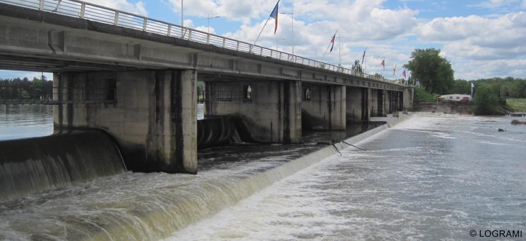 Pont barrage de Vichy
